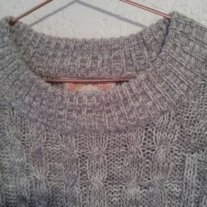 Ambiance Grey & Cream Cable Knit Sweater SZ M